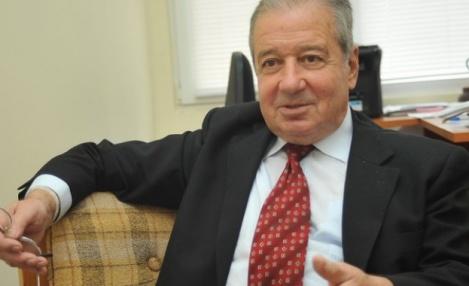 Акад. Благовест Сендов: Скоро младите хора ще вземат камшика. И тогава горко на политиците!