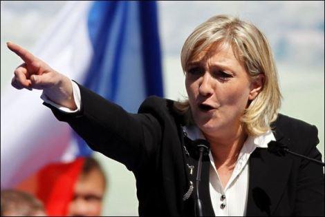 Инвазията на мюсюлманските пришълци изстреля Марин Льо Пен на първо място в проучванията преди президентския вот във Франция...