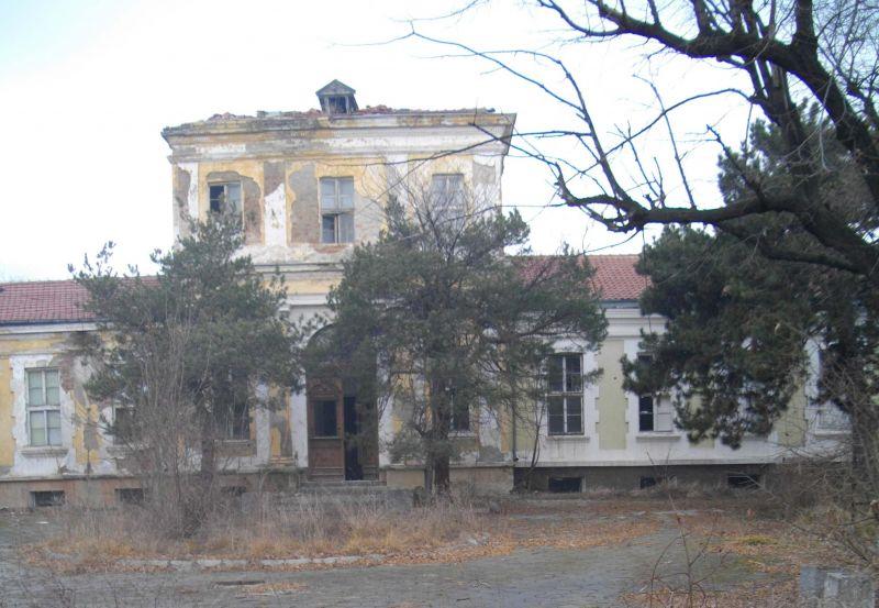 Здравният министър разкри защо се бави ликвидацията на ТУБ болница-Сливен