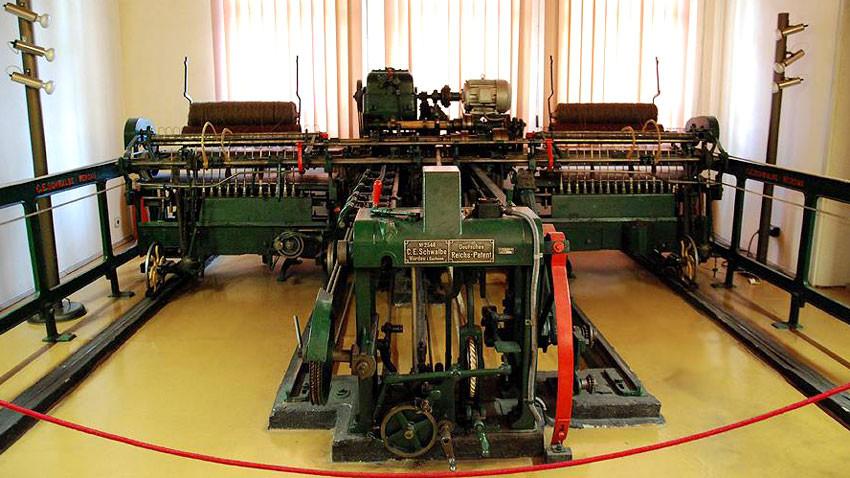 В Музея на текстила в Сливен още работят машини – символ на някогашния ни индустриален подем