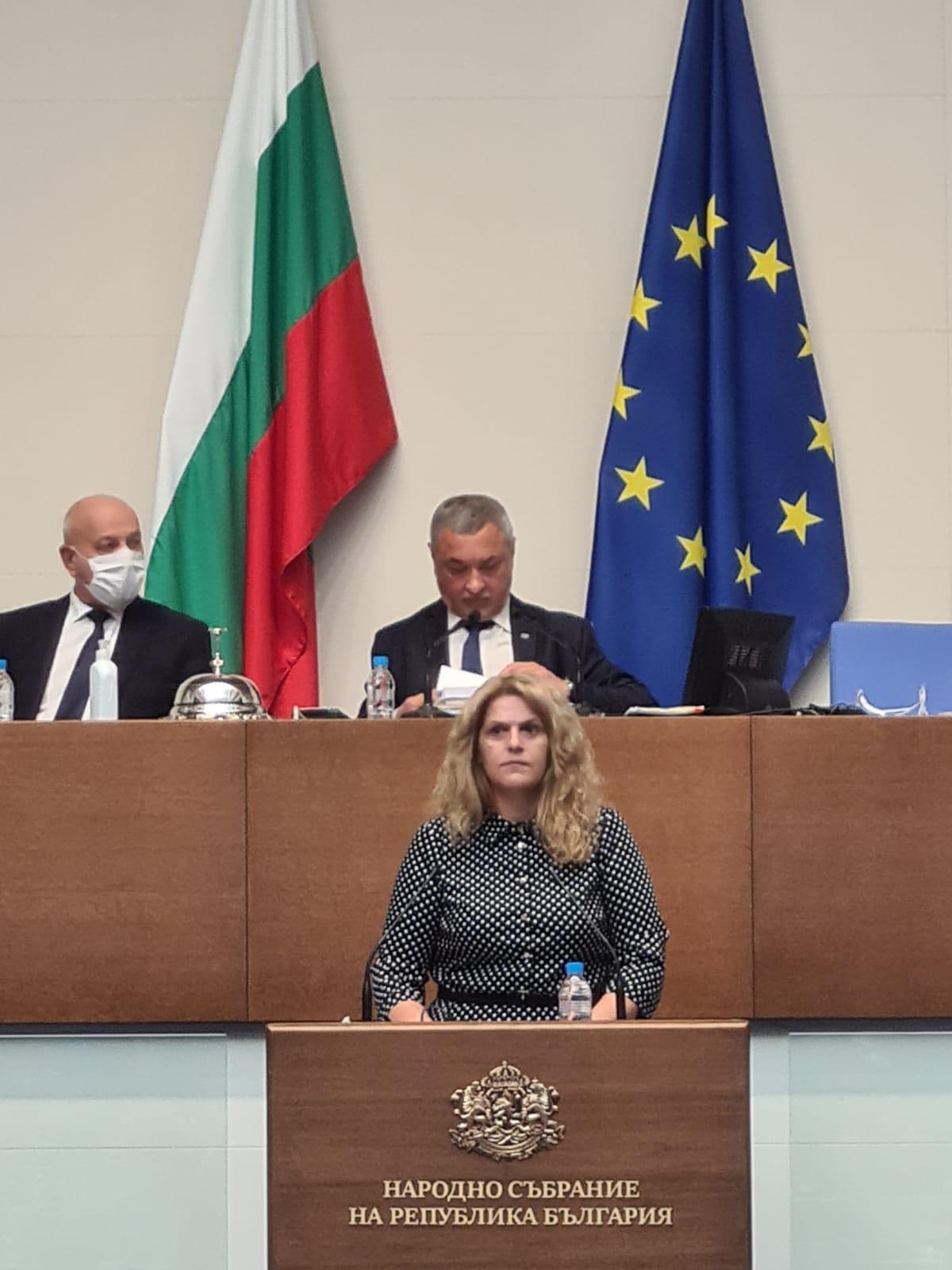 Мария Белова: Приемането на Закона за виното и спиртните напитки е по препоръка на Европейската комисия